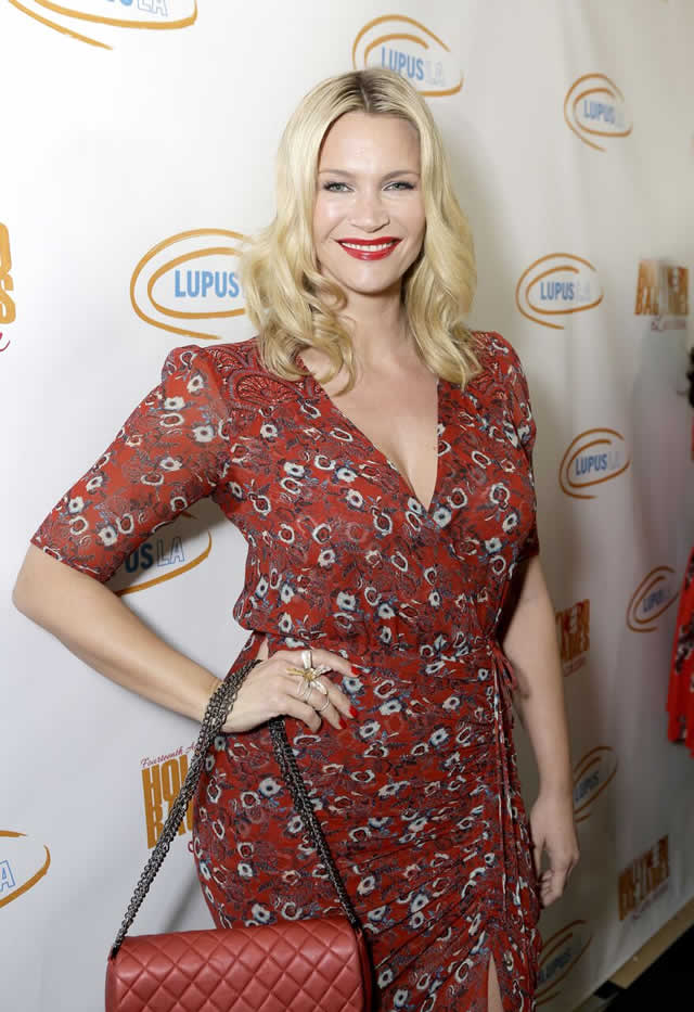 Stars Help Raise $400K at Annual Lupus LA Hollywood Bag Ladies Luncheon